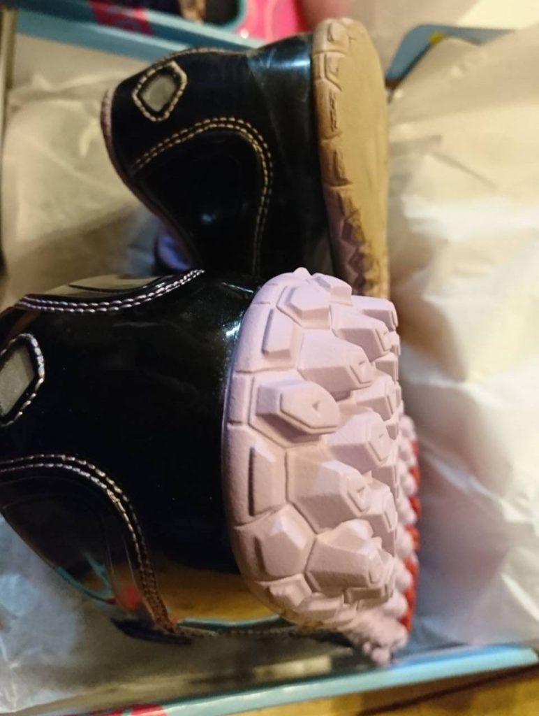 アサヒ『ガチ強』使用後の靴の側面と新品の靴の側面の比較